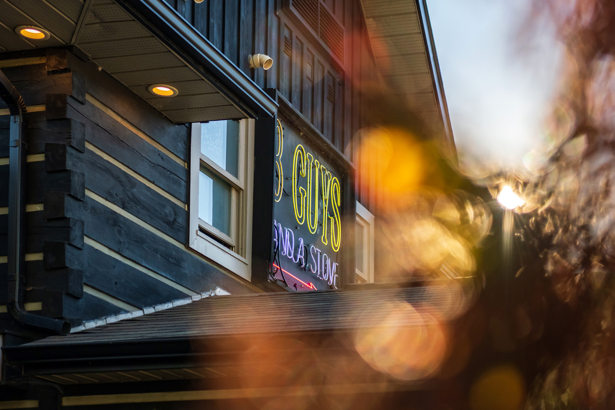 Top Huntsville Restaurants include 3 Guys and a Stove