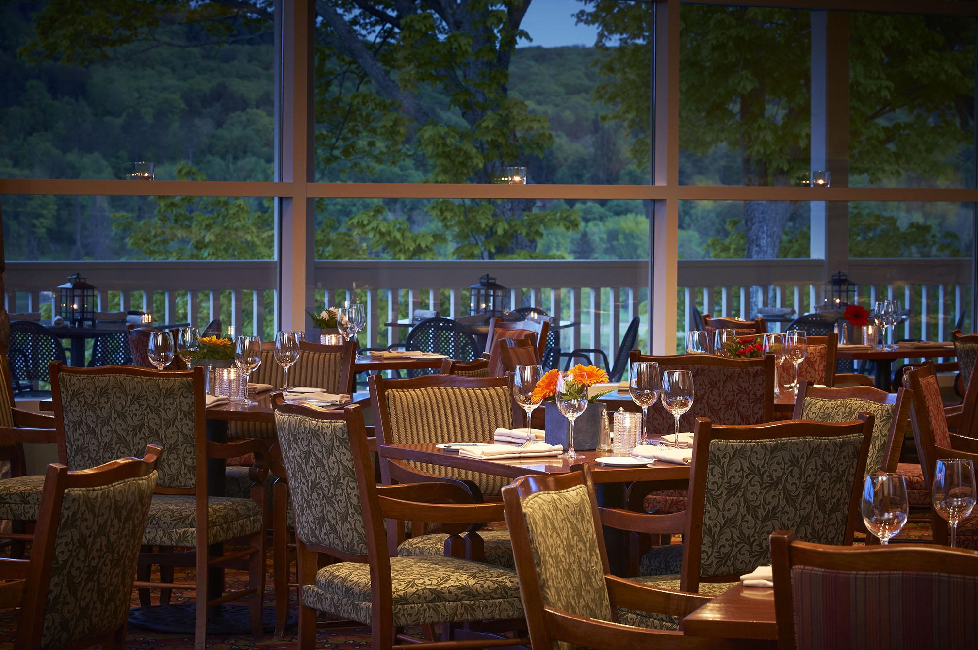 Top Huntsville Restaurants include Eclipse at Deerhurst Resort