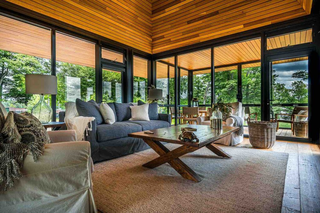 Bigwin-Cabin-living room luxury lake of bays cottage rentals